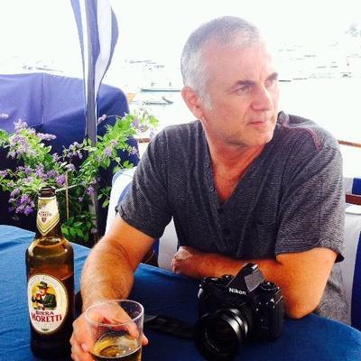 Daniel Kestenholz | Social Profile