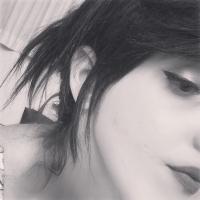 Lola Diversa | Social Profile
