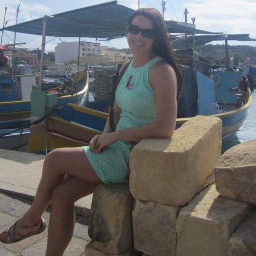 Amanda Geffre Social Profile