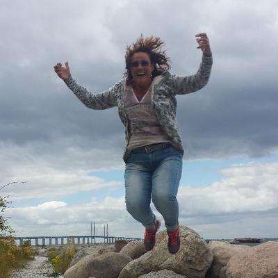 Linda Kwakernaat | Social Profile