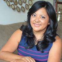 Jennifer Flores | Social Profile