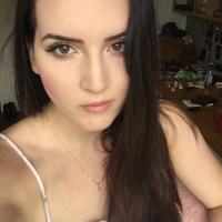 Liv | Social Profile
