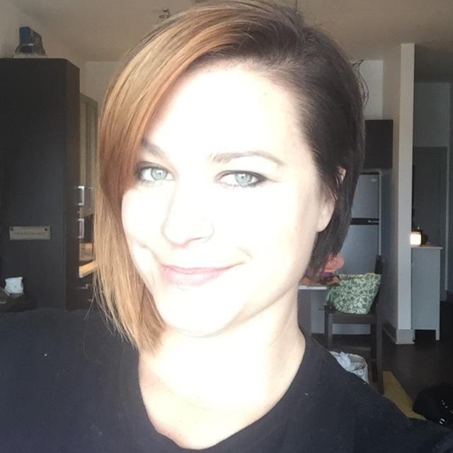 Colleen Burns Social Profile
