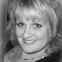 Shelley Straitiff | Social Profile
