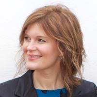 Lara Martin | Social Profile