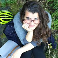 Mariana | Social Profile