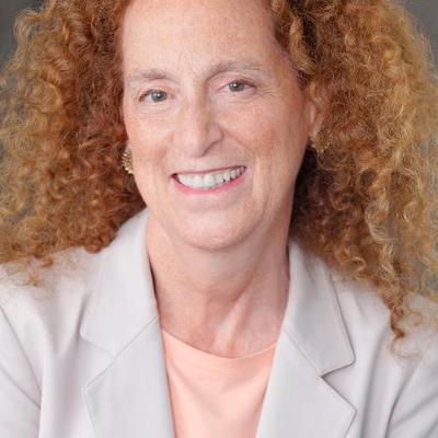 Leslie Gaines-Ross | Social Profile