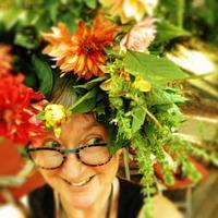 Helen Battersby   Social Profile