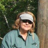 Helen L | Social Profile