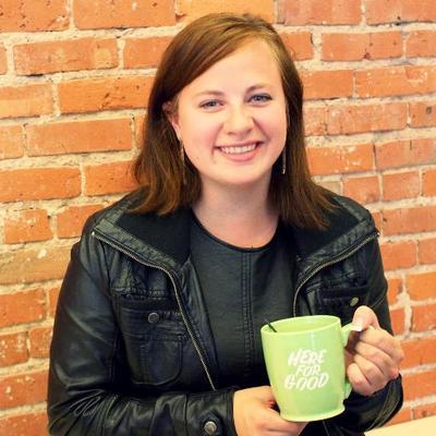 Lyndsey Hrabik   Social Profile