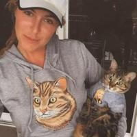 Trisha M | Social Profile