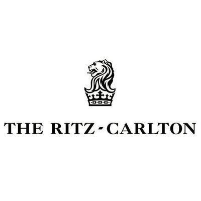 Ritz-Carlton, Laguna Social Profile