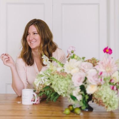 Laura Hooper   Social Profile