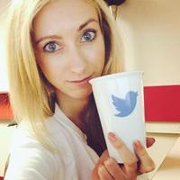 Vanessa Wojtusiak | Social Profile