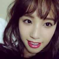 高橋茉莉 | Social Profile