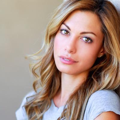 Meredith Giangrande   Social Profile