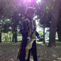 狐鳶   Social Profile