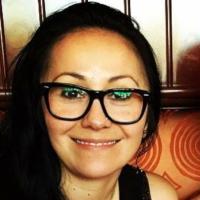 Gaby Robbins | Social Profile