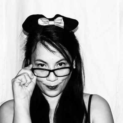 Adriana Iris | Social Profile
