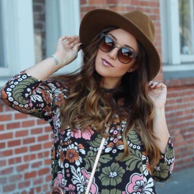 Jennifer HenryNovich | Social Profile