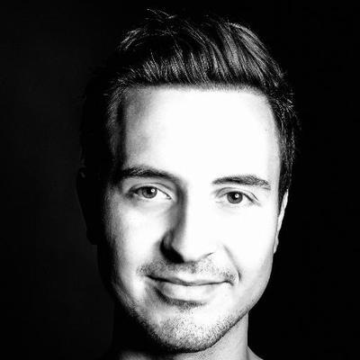 Timo Kujawa | Social Profile
