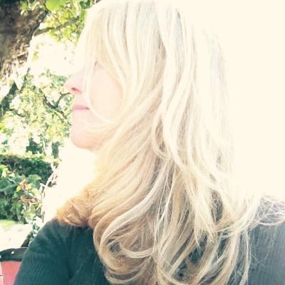 Renée | Social Profile