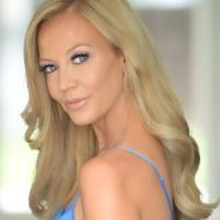 Liz Fuller | Social Profile