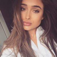 Vicky | Social Profile