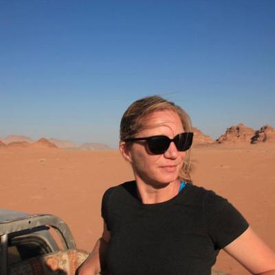 Liz Jarvis-Shean   Social Profile