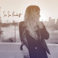SieSie Benhoff | Social Profile