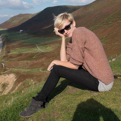 Polly Thomas | Social Profile