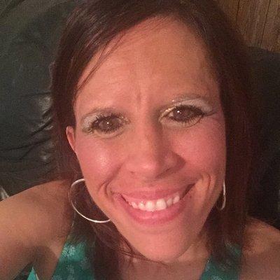 Laura Sutton | Social Profile