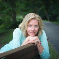 Kim Gosselin | Social Profile
