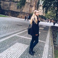 Clara | Social Profile