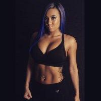 Elane Santiago | Social Profile