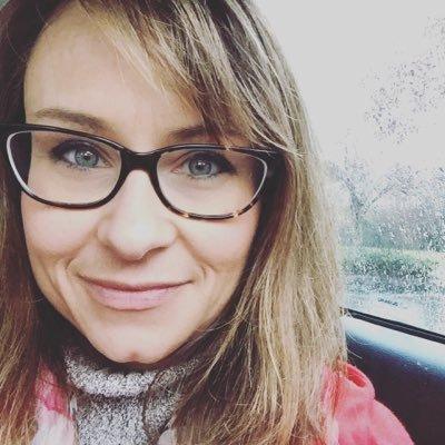 Sarah Pinnix Social Profile
