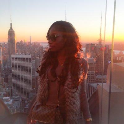 Whitney Justine ♌ | Social Profile