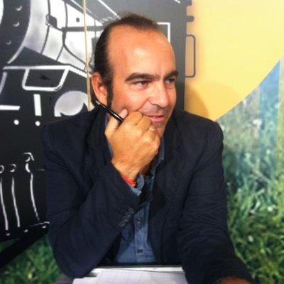 Manuel Camacho | Social Profile
