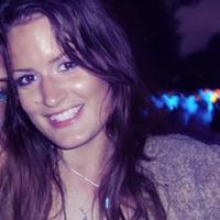 Ella P | Social Profile