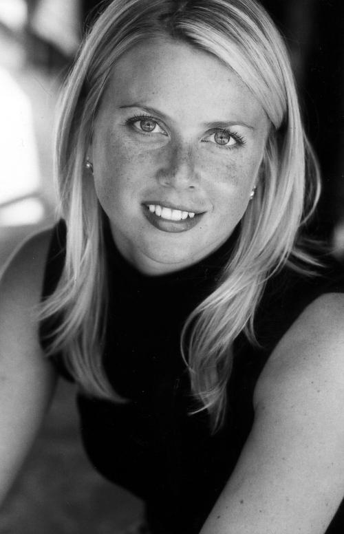 Ellen Gustafson Social Profile