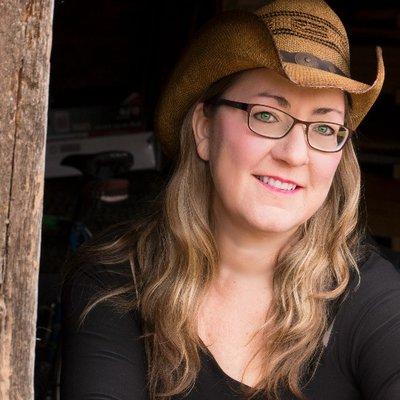 Vivian Arend | Social Profile