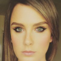Dani Evans MUA | Social Profile