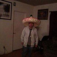 Tato Nieves | Social Profile