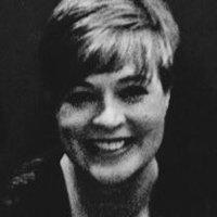 Pauline McLean | Social Profile