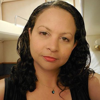 Janaina Alves | Social Profile