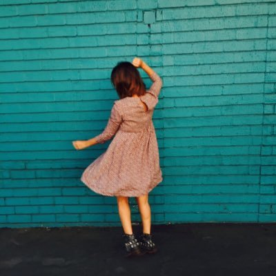 emilia sagardía | Social Profile