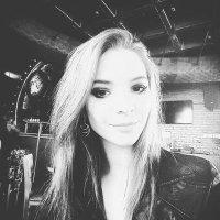 Kim Craul | Social Profile