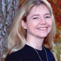 Bonnie Lowe | Social Profile