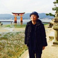 有吉弘行 | Social Profile