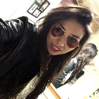 Laura Pastrana | Social Profile